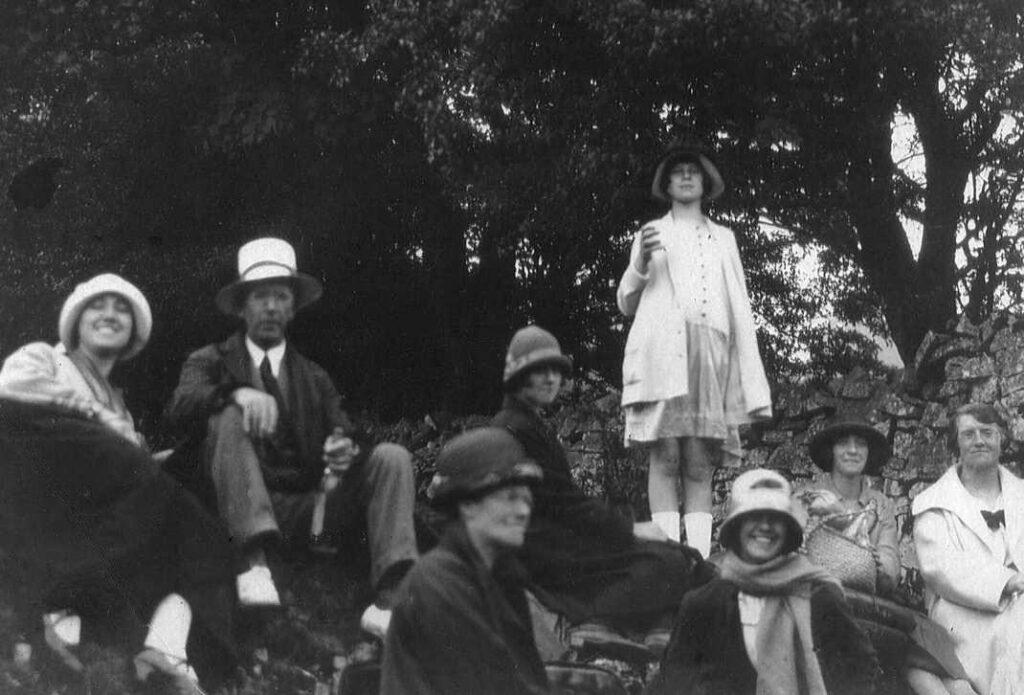 1930s the Haydon family.