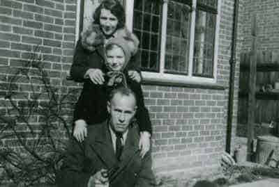 1940 Arch and Rene Ellis with Christine.