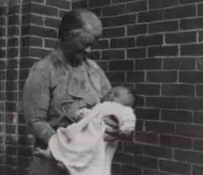 1941 Grandma Haydon with baby Andrew Brown.