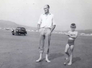 Roy Reason with Peter at Black Rock Sands 1964.