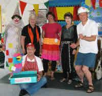 Kids Klub Circus team, 4 ladies and 2 men